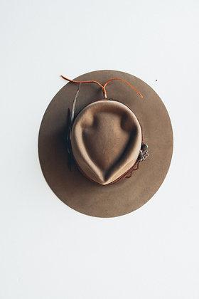 Hat 562 (Broken Arrow Series)