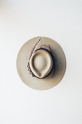 Hat 195