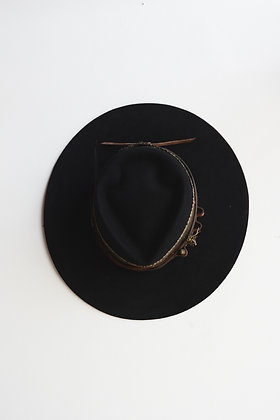 Hat 610 (Broken Arrow Series)