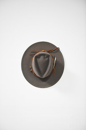 Hat 833 (Broken Arrow Series)