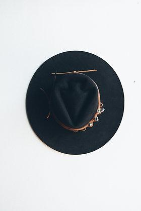Hat 663 (Broken Arrow Series)