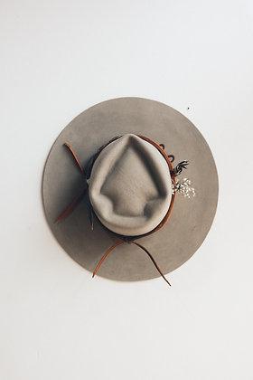 Hat 542 (Broken Arrow Series)