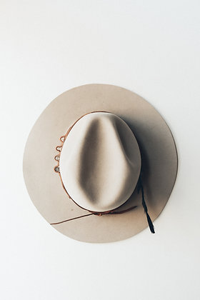Hat 214