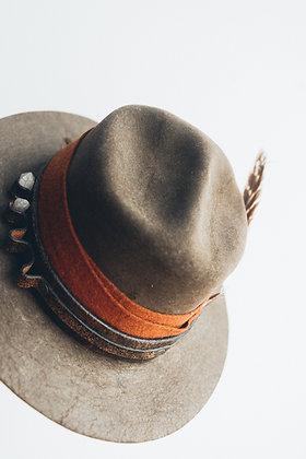 Hat 370