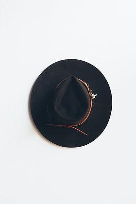 Hat 430 (Broken Arrow Series)
