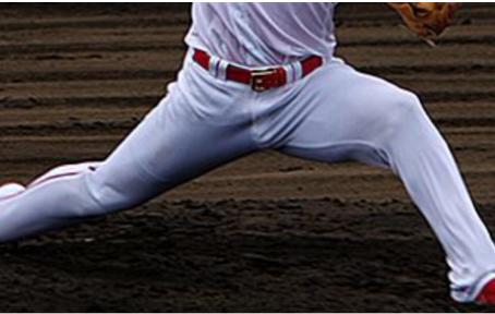 投球における股関節
