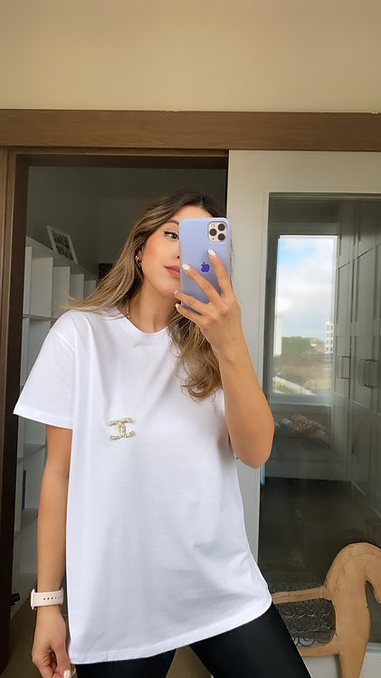 Broslu beyaz Tshirt