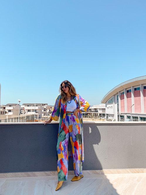 Renkli kimonolu takim