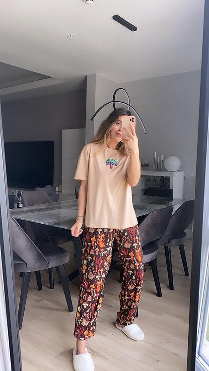 Mantar Nakisli kahve Pijama Takimi