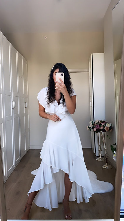 Beyaz Sifon Asimetrik Elbise