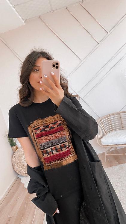 Puskul Detayli Tshirt