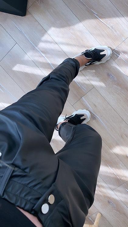 Siyah deri jogger