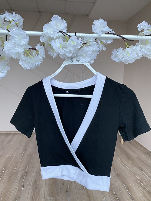 Beyaz seritli kruvaze bluz