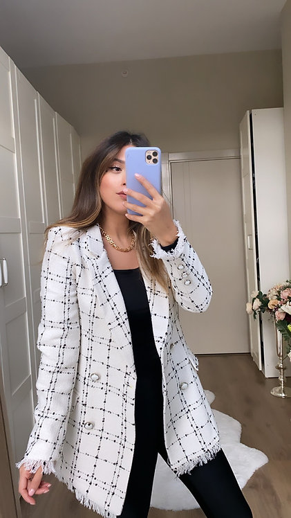 Beyaz Tuvit Ceket