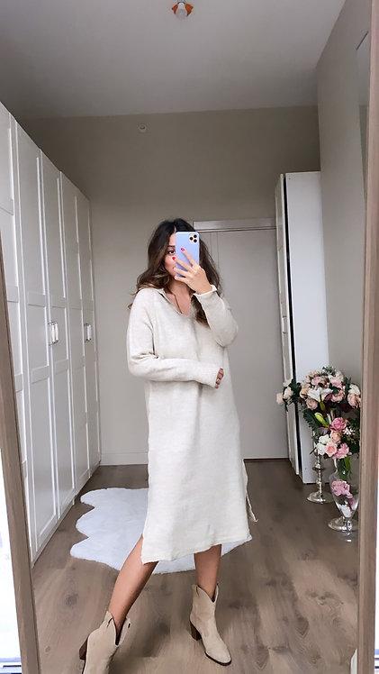 Bej Yakali Triko Elbise