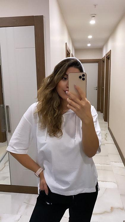 Beyaz kapusonlu v yaka Tshirt