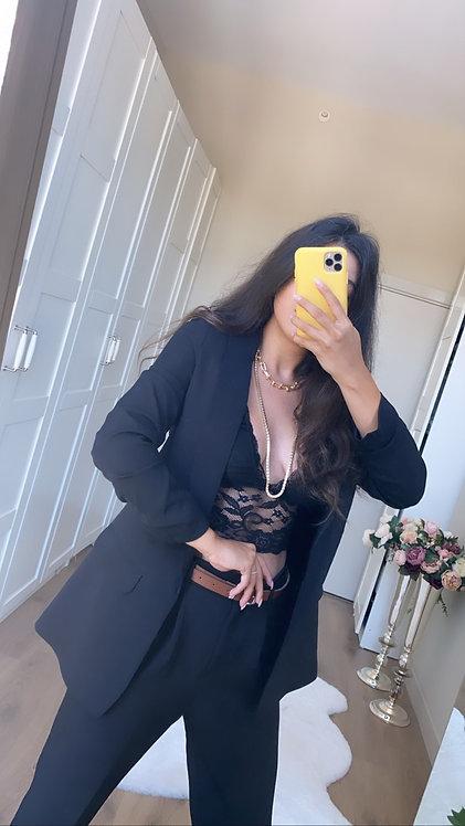 Siyah Kolu Buzgulu Ceket