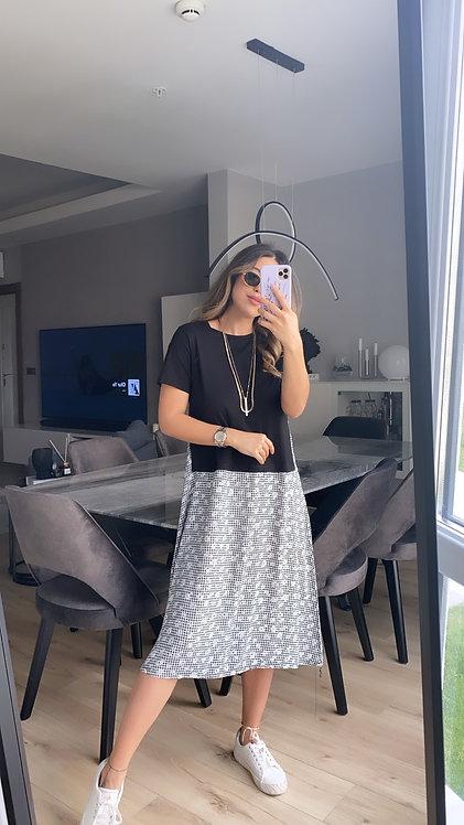 Alti siyah beyaz potikareli Elbise