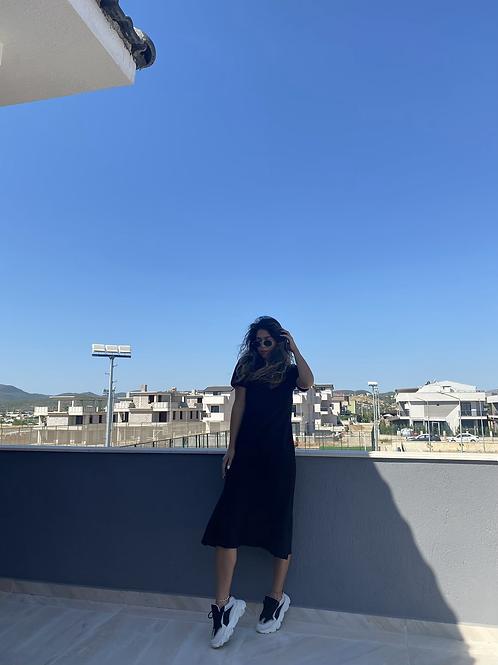 Siyah v yaka basic Elbise