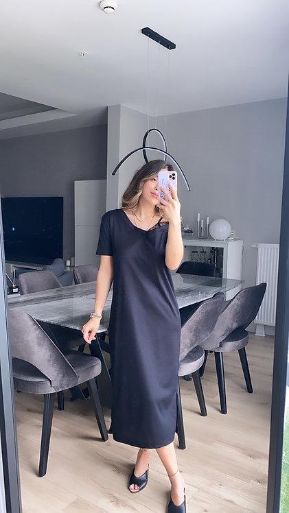 Siyah omzu dantelli elbise