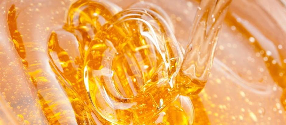 Целебный мёд с женьшенем – простой рецепт молодости и долголетия