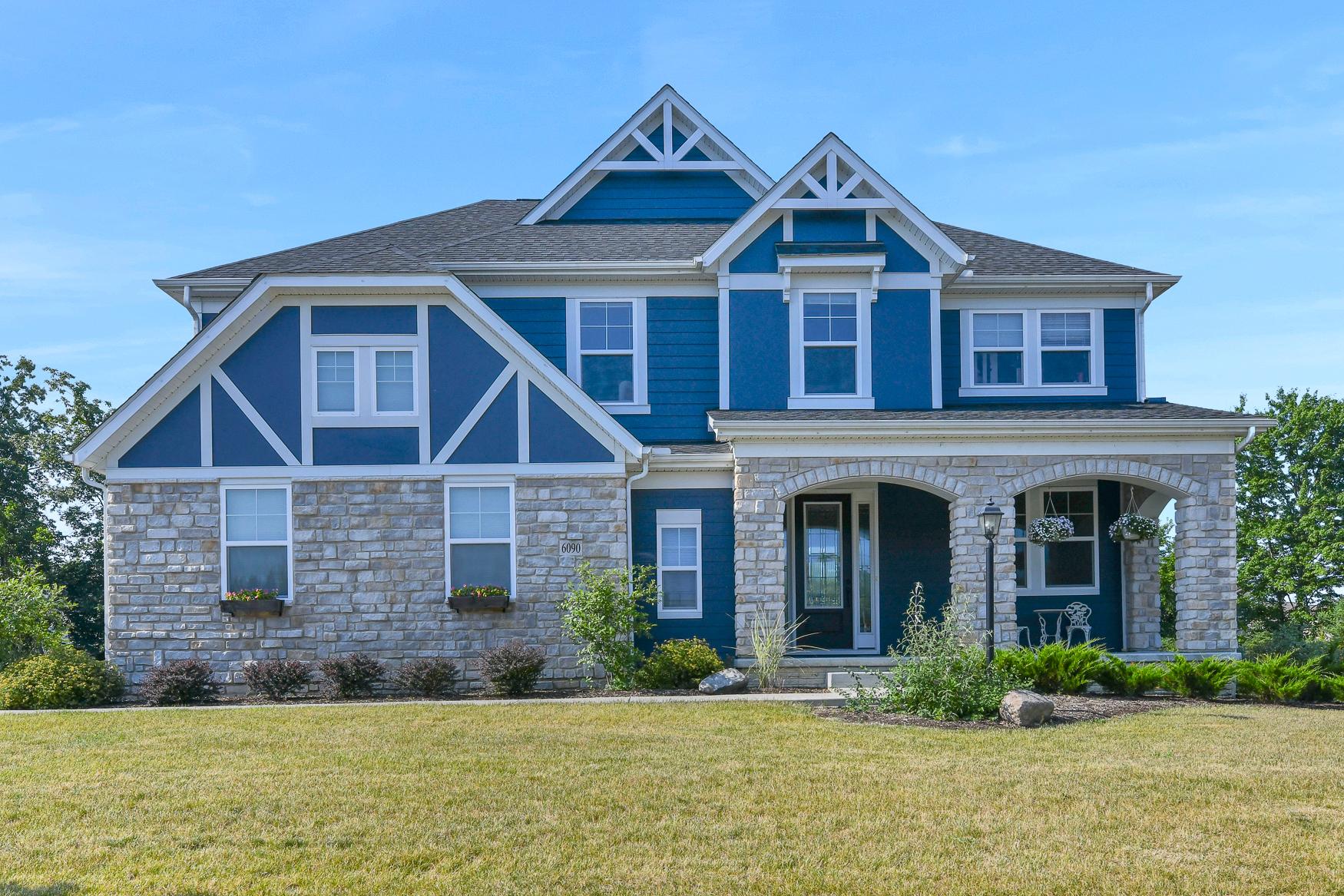 6090 Brookview Manor - (1)
