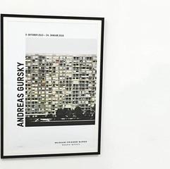 Andreas Gursky: Paris, Montparnasse (Detail), 1993 ポスター(フレーム入り)