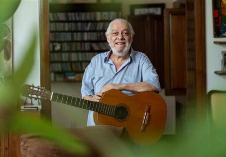 Paulo César Pinheiro, o mangueirense que compôs um hino à Portela