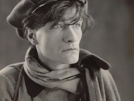 Antonin Artaud na tradução de Larissa Drigo