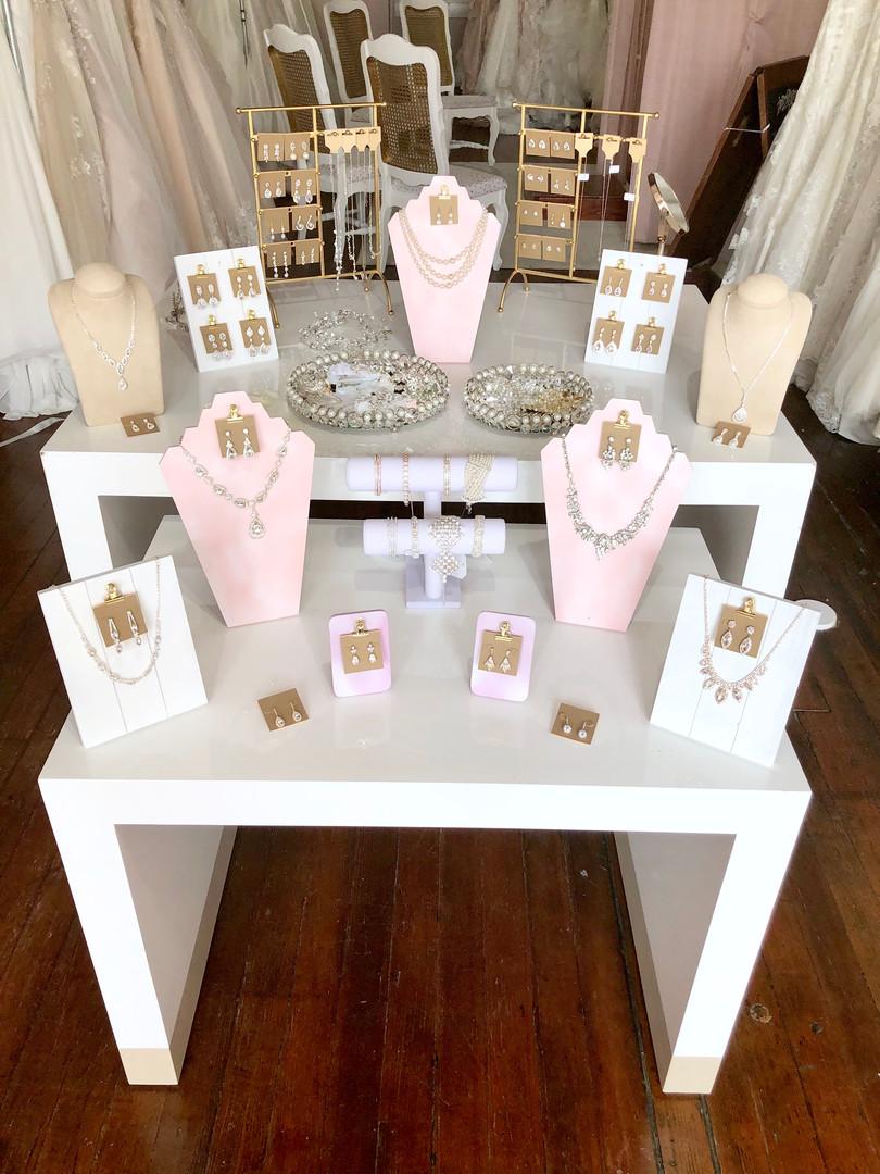 Bridal Accessories Dubuque, IA