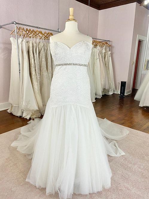 Wedding Gown Dubuque, IA