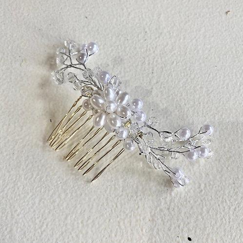 Hair accessories Dubuque, IA