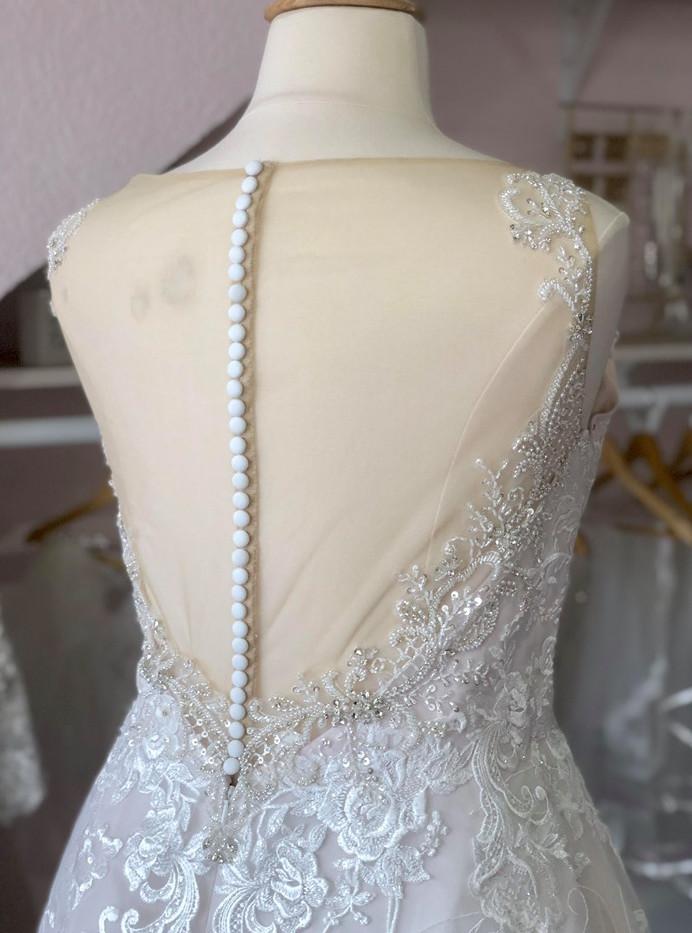 Dubuque Wedding Dress