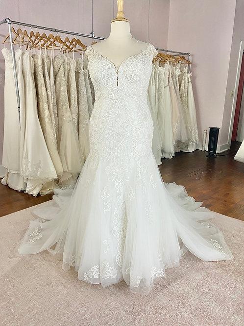 Wedding Dress Dubuque, IA