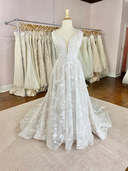 Wedding Dresses Dubuque, Iowa