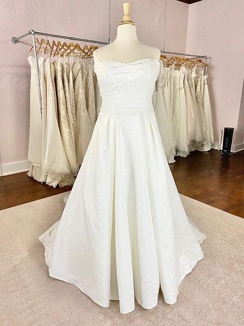 Bridal Gown Dubuque, IA