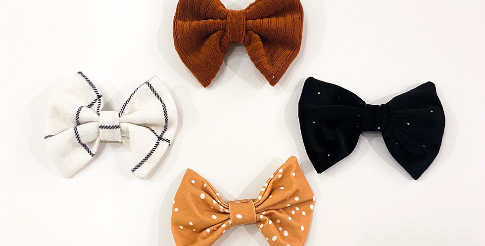 Large Clip Bow