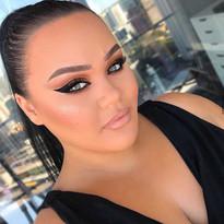 https://www.instagram.com/makeupwithjah/