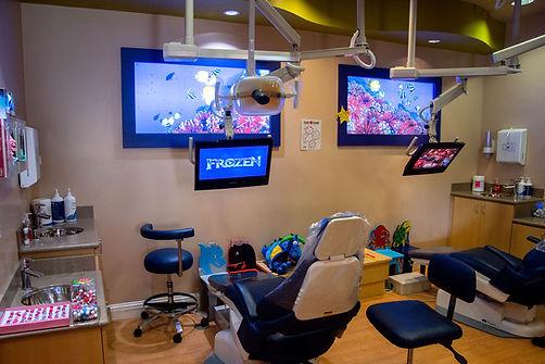 Shoreview dental pediatric patient room