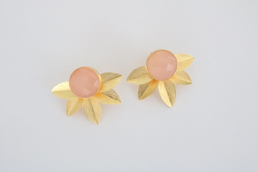 Soft pink floral earrings