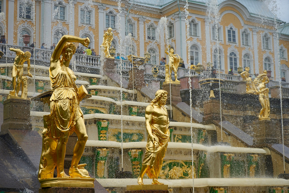 5-top-things-to-do-in-st.petersburg. peterhofpalace, st.pertersburg