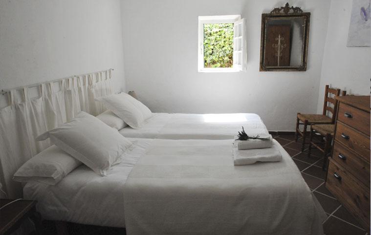 Habitación 2 (2 camas individuales)