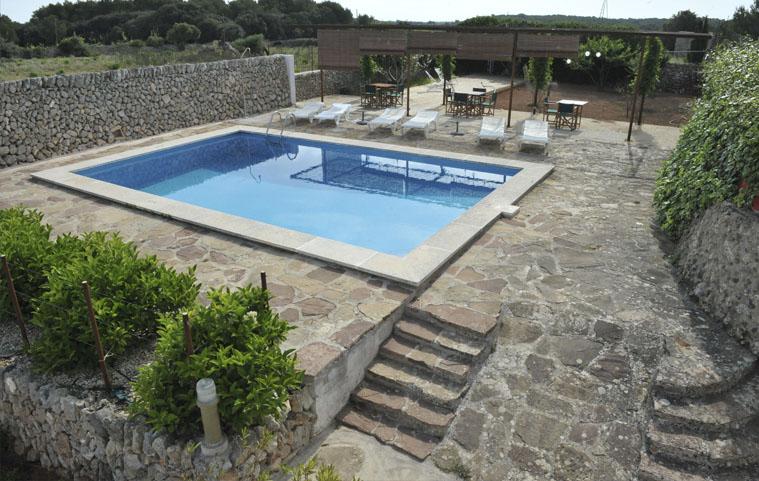 Espacio con vistas a la piscina