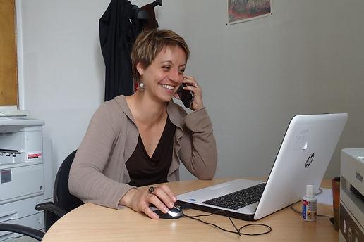 Assistante_administrative_Céline_Arnauto