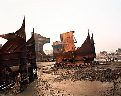 Shipbreaking_ Edward Burtynsky.jpg