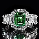 emerald-1137413_1920.jpg