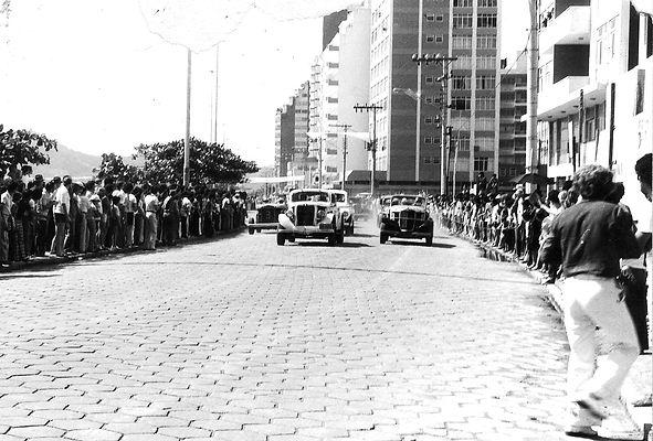 779 - Corrida de calhambeques, decada de 1970. (1).jpg