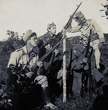 2252-  Grupo de Combate nas proximidades