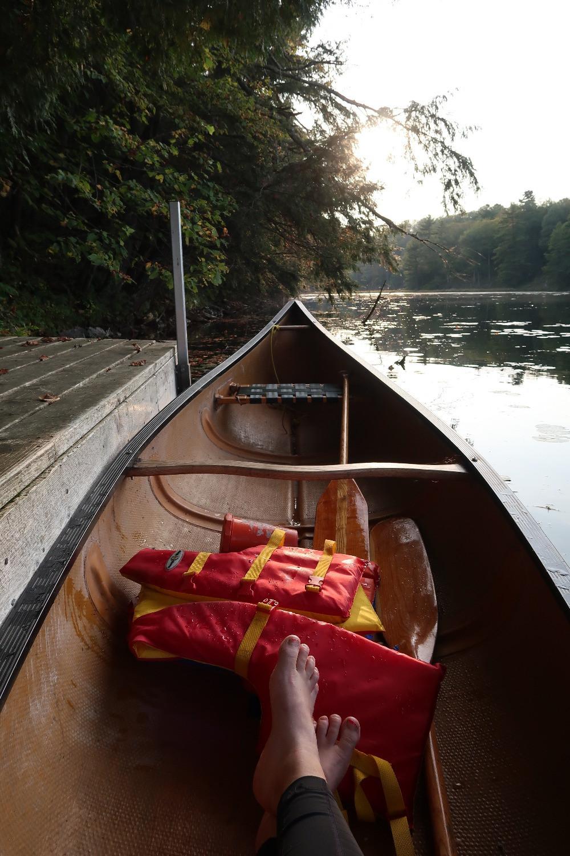 Un lac caché, un ponton privé et un canoë... Lansdowne, Ontario