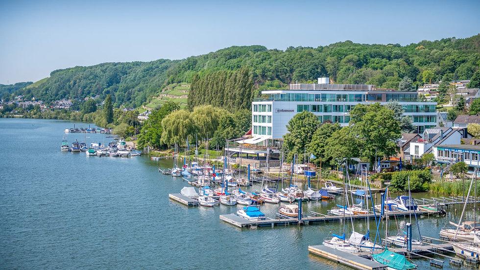 fährhaus onwater Koblenz.jpg